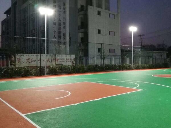 高校硅PU篮球场夜间效果